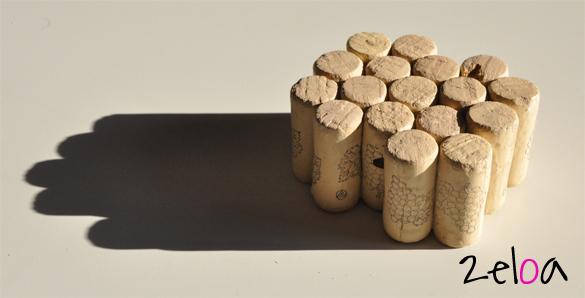 Salvamanteles con tapones de corcho reciclados - www.2eloa.com