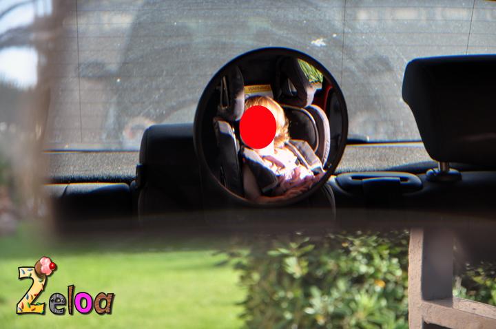 Vista desde el retrovisor delantero